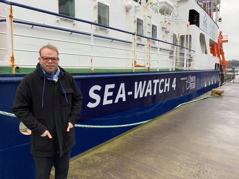 Lindh vor der Sea-Watch 4